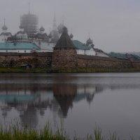 Приходит волнами туман :: Владимир