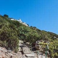 Лестница к храму :: Юрий Яловенко