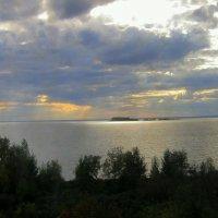 Там , на далёком острове .... :: Мила Бовкун