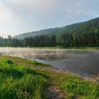 р. Белая, утро :: Константин Осипов