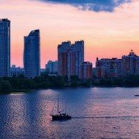 Город засыпает... :: Валентина Данилова