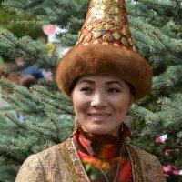Девушка в национальном костюме. :: Anna Gornostayeva