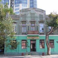 Лучший магазин в здании 19 века. Мечта... :: Александр Скамо