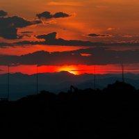 Летний закат,он же восход.Чукотка. :: Юрий Харченко