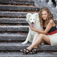 Девочка с собачкой. :: Оксана Зарубина