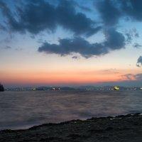 Вечер на заливе Находка. :: Поток
