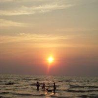 Семейные купания :: Есения Подлипская