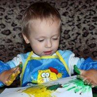 Юный художник апстракцианист :: Tatyana Zholobova