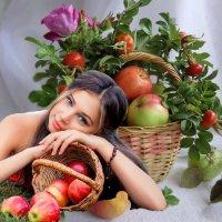 «Яблочный спас...» :: vitalsi Зайцев