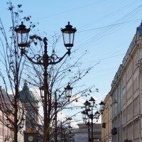 День,Улица,Фонарь :: Анастасия Акатьева