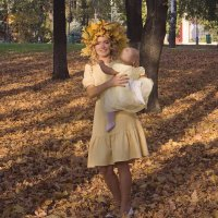 Осень в парке :: Александр Табаков