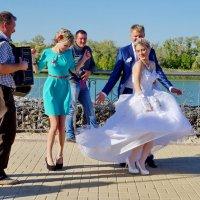 А свадьба пела и плясала. :: Надежда