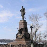 Памятник императору Александру III :: Валентин Когун