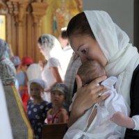 В церкви. :: Larisa Gavlovskaya