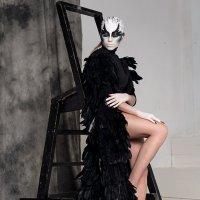 Черный лебедь. :: Любовь Болотина
