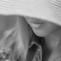 Шляпка :: Евгения Антипова
