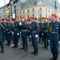 Курсанты МЧС на праздновании Дня тигра во Владивостоке :: Sofia Rakitskaia