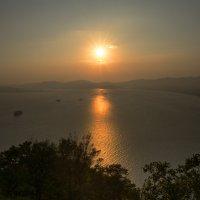 Вечерние солнце над заливом Находка. :: Поток