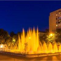 Муза в свете вечернего города :: Denis Aksenov