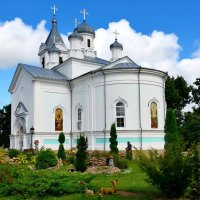 Преображенская церковь Тригорского Свято-Преображенского мужского монастыря :: Валентина Данилова