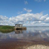 Плав судно на заслуженной пенсии :: Светлана Лысенко