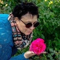 любимая роза... :: Алексей Бортновский