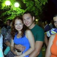 Любовь средь толпы :: Владимир Болдырев
