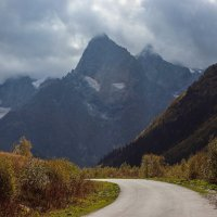 Дорога к вершине... :: Александр Марусов
