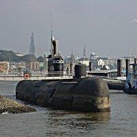 Русская подводная лодка в Гамбурге :: Nina Yudicheva