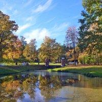 Осень в Екатерининском парке :: Сергей