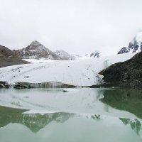 Ледниковое озеро Такыр-Тор :: Maxim Claytor