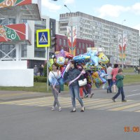 Девушки с шариками... :: Батыргул (Батыр) Шерниязов