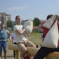Бой с мешками среди инвалидов. :: Батыргул (Батыр) Шерниязов