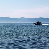 рассекая Байкальские воды :: Катя Медведева