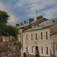 Улочкой старого замка :: M Marikfoto