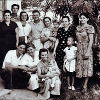 Дружные соседи. 1954 год :: Нина Корешкова