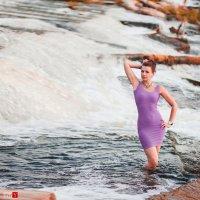 девушка в воде :: Сергей Палий