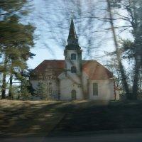 Церковь в Салацгриве :: Ольга Захаренко