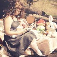 Alice in Wonderland :: Ольга Усова