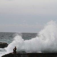 разгневанное  море :: valeriy g_g