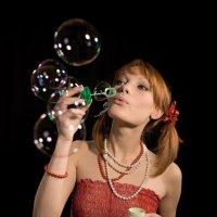 Мыльный пузырь :: Низами Софиев
