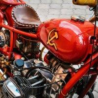 Back in the USSR :: Serj Serj