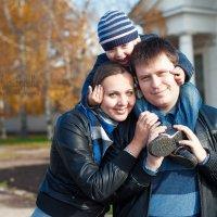 Семейная прогулка :: Мария Никифорова