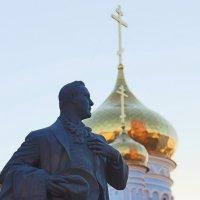 Памятник Шаляпину в Казани :: Василий Гущин