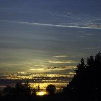 закат на озере :: Алексей Жариков