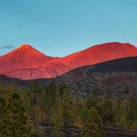 Вулкан Тэйде на закате :: Sergey Sergeev
