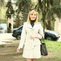 Самостоятельная  девушка из бизнеса :: Александр Яковлев  (Саша)