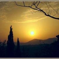 Закат над Ниццей :: Евгений Печенин