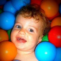 улыбка ребенка :: Ludmila Kolesnikova