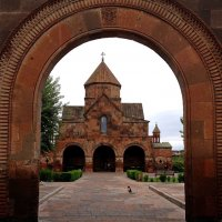 АРМЕНИЯ.  Церковь Святой Гаяне (г. Вагаршапат) :: Tata Wolf